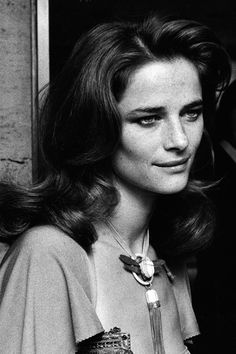 Charlotte Rampling en 70 photos - Page 2 Jean Michel Jarre, Charlotte Gainsbourg, Anthony Hopkins, Sean Connery, Yohji Yamamoto, Vanity Fair, Georgy Girl, She Walks In Beauty, Actrices Hollywood