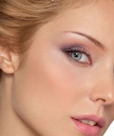 Makeup for Blonde Hair, Blue Eyes, and Fair Skin | Blonde hair ...