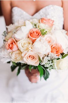 Love this bouquet!!! / A Chicago Real Wedding Photographed by Two Birds Photography / via StyleUnveiled.com