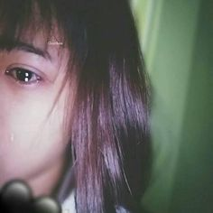 Crying Aesthetic, Aesthetic People, Aesthetic Girl, Korean Beauty Girls, Korean Girl, Ulzzang Couple, Ulzzang Girl, Crying Girl, E Motion