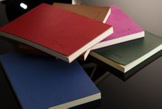 The soft touch of the genuine leather and the smoothness of the laid paper, only Quotus  http://www.quotus.it/en/buy-online/tear-off-pads/tear-off-pads-virgilio/  http://www.quotus.it/it/compra-online/blocchi/blocco-a-strappo-virgilio/