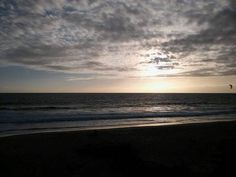 Sunset above the Praia de Carcavelos ❤🌅🌆 ______________________ #carcavelosbeach #carcavelos #portugal #lisbon #europe #beach #sunsets_pics #sunsets #sea #sky #sunsetlovers #vibrant #beautiful #amazing #love #wanderlust #vacation #traveling #travel #travelmood #ig_captures #photo #traveladdict #girlswhotravel #mytravel_tale #lifestyle #igdaily #igphoto #portugalbeach #sunset