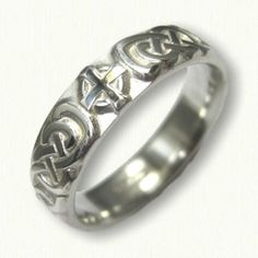 Celtic Lindesfarne Knot with Crosses Wedding Band - sterling silver - straight edges