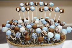 This just makes me happy.  Same colors as the baby shower my class threw for me for Caleb.  :-) Baby Shower Oso, Mesas Para Baby Shower, Baby Shower Cake Pops, Pop Baby Showers, Tea Party Baby Shower, Cheesecake Pops, Vintage Dessert Tables, Macaroon Cake, Cake Pop Displays