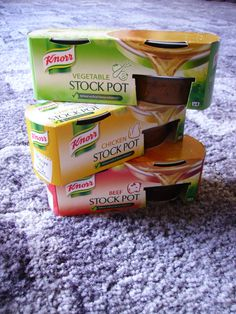 My pristine stock pots arranged artistically! #imabzzagent #Knorr #Knorrstockpot