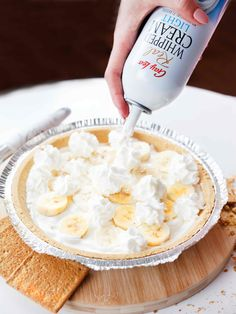 Say good-pie to boring desserts! Top your treats with Gay Lea Light Real Whipped Cream for added deliciousness. Cookies Light, Good Pie, Coconut Whipped Cream, Toasted Marshmallow, Banana Cream, Banana Split, Frappe, Natural Flavors, Recipe Using