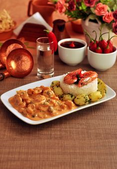 Estrogonofe de Camarão | Flickr –  #recipe #brasil #nordeste #gourmet #food #receita #brazil #camarao #photo #fotografia #photography http://www.behance.net/gallery/Trabalho-Academico-Cachaca-Cordel/12999929
