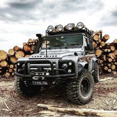 Land Rover (Series & Defenders) and more stuff I like. Defender 90, Defender Camper, Land Rover Defender 110, Landrover Defender, Jeep Truck, 4x4 Trucks, Cool Trucks, Cool Cars, Pajero