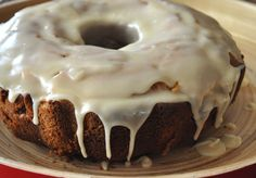 Apple Spice Bundt Cake with Browned Butter Frosting | mountainmamacooks.com