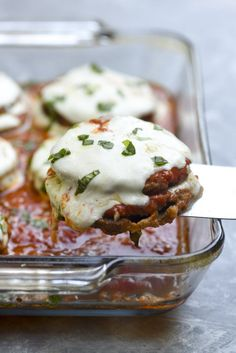 An oven-fry method creates this crispy Baked Eggplant Parmesan that rivals any fried version. An easy, updated take on the classic Italian dish. (Use pork rind breading for low carb) Veggie Dishes, Vegetable Recipes, Food Dishes, Vegetarian Recipes, Cooking Recipes, Main Dishes, Pasta Dishes, Beef Recipes, Cuban Dishes