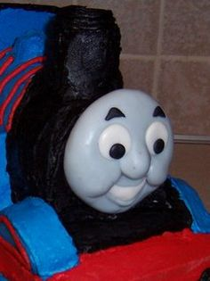 How to make a 3d thomas the train cake had to post it ill thomas the tank engine cake tutorial thomas the tank engine pronofoot35fo Images