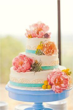 #stylemepretty for #ohsoinspired http://ruffledblog.com/wildcatter-ranch-wedding/