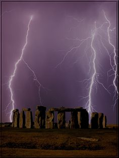 Thunderstorms Stonehenge, England. Totally photoshopped, but it does look pretty…