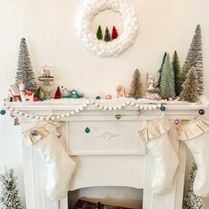 DIY Cotton Ball Wreath/ Easy Holiday Craft – Hallstrom Home - DIY Cotton Ball Wreath Tutorial/ holiday mantle decor/ kids craft/ White Christmas wreath/ Farmhous - Christmas Mantels, Christmas Home, Christmas Wreaths, White Christmas, Christmas Mantle Decorations, Christmas Decorating Ideas, Vintage Christmas, Christmas Stockings, Christmas Ideas