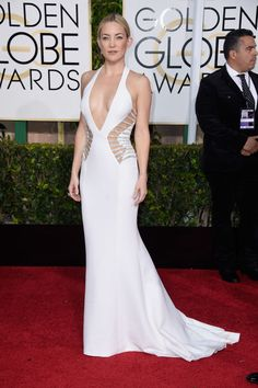 Kate Hudson in Atelier Versace at the Golden Globes 2015 | #redcarpet #GoldenGlobes #redcarpetfashion