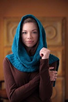 *Hooded scarf, crochet ... free pattern