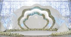 V Concept by Misa Vu Luxury Events Cuong+My Reception Stage Decor, Wedding Stage Decorations, Engagement Decorations, Event Decor, Wedding Backdrop Design, Diy Backdrop, Photo Booth Backdrop, Flower Backdrop, Wedding Wall