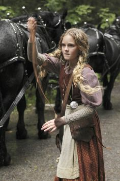 Once Upon A Time - Season 1 Episode 9 Still Hansel And Gretel House, Hansel Y Gretel, Hobbit Cosplay, Devil's Due, Meghan Ory, Murder Most Foul, To Catch A Thief, Dark Swan, Black Fairy
