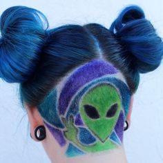 We come in peace ✌🏻 👽 . Alien undercut on my pal while she was in town 💚 Color refresh & undercut by me, styled by 🔥 Cool Hair Designs, Shaved Head Designs, Rave Hair, World Hair, Undercut Designs, Hair Tattoos, Festival Hair, Dye My Hair, Pastel Hair