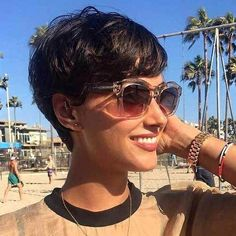 Best ideas for short hairstyles 2019 - new ideas - Best Short Hairstyle Ideas 2019 Short Pixie Hair Best Ideas for - Short Red Hair, Short Hairstyles For Thick Hair, Cute Short Haircuts, Short Hair Cuts For Women, Hairstyles With Bangs, Curly Hair Styles, Hairstyle Ideas, Mohawk Hairstyles, Undercut Hairstyle