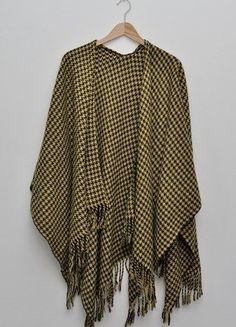 Kup mój przedmiot na #vintedpl http://www.vinted.pl/damska-odziez/peleryny-narzutki/15378787-piekna-narzuta-idealna-na-jesien
