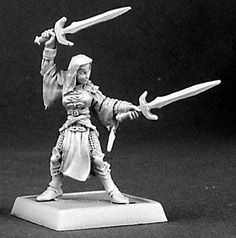 Warlord Miniatures (Sister Elena Battle Nun 14372) RPG 25mm Minis