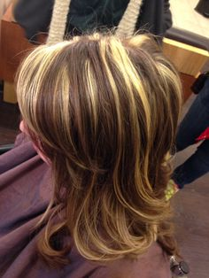 Hair fashions & makeup tips Blo Chunky Highlights For Brown Buying Children's Clothing Online Articl Fall Hair Highlights, Chunky Highlights, Colored Highlights, Caramel Highlights, Dark Hair With Lowlights, Dark Brown Hair With Blonde Highlights, Party Hairstyles, Summer Hairstyles, Wedding Hairstyles