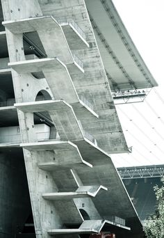 Football stadium in Braga, by the famous Architect Souto de Moura Concrete Architecture, Space Architecture, Beautiful Architecture, Contemporary Architecture, Architecture Details, Ok Design, Modern Design, Concrete Structure, Built Environment