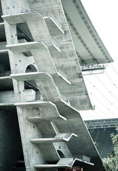 Estádio Municipal de Braga, Arq. Souto de Moura, Portugal, AbrilDoismileonze.