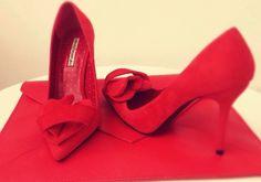 #red #valentinesday #mihaelaglavan #sepala#women Heels, Red, Women, Fashion, Atelier, Heel, Moda, Fashion Styles, High Heel