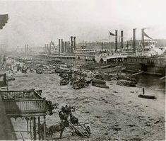 Steam Boats, Missouri River, Paddle Boat, St Louis Mo, City Scene, Red River, St Louis Cardinals, Historical Photos, Paris Skyline