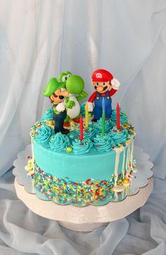 Super Mario Birthday Cake - Recipes Inspired by Mom Mario Birthday Cake, Birthday Cake Kids Boys, Candy Birthday Cakes, Super Mario Birthday, 8th Birthday, Birthday Ideas, Super Mario Torte, Super Mario Cupcakes, Bolo Super Mario