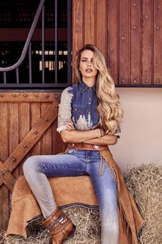 Chic e Fashion: Yasmin Brunet estrela campanha da Equus Cute Country Outfits, Country Casual, Country Women, Western Outfits, Country Girls, Cute Outfits, Foto Cowgirl, Sexy Cowgirl, Vogue Fashion