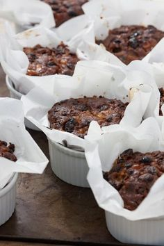 Individual Christmas cake recipe from Sarah Raven. These smaller, ramekin-sized cakes are perfect for presents and putting in people's stockings. Mini Christmas Cakes, Christmas Sweets, Christmas Cooking, Xmas Cakes, Small Christmas Cake Recipe, Holiday Cakes, Christmas Buffet, Food Cakes, Cupcake Cakes
