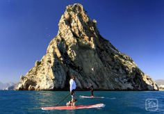 """Winter sun in the Costa Blanca, discover wonderful places and enjoy the Mediterranean Sea. Paddlesurf at """"Peñón de Ifach"""", Calpe"""