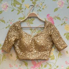 Golden Saree stitched blouse made to measure sweetheart neckline customized sari blouse Indian Golden Blouse Designs, Fancy Blouse Designs, Blouse Neck Designs, Stylish Blouse Design, Blouse Patterns, Neckline Designs, Blouse Styles, Lace Dress Pattern, Crochet Lace Dress