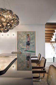 No tom da madeira. Veja: http://www.casadevalentina.com.br/projetos/detalhes/no-tom-da-madeira-648 #decor #decoracao #interior #design #casa #home #house #idea #ideia #detalhes #details #style #estilo #casadevalentina #wood #madeira #diningroom #saladejantar