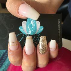 Acrylic Nails, nails art, white Nails