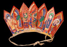 Crown strong paper ecru color, painted on one side of characters and mounted on an ecru cotton and yellow ribbon used to tie it on the head of the priest.