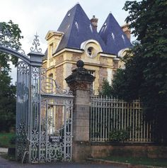 Château, Tigery