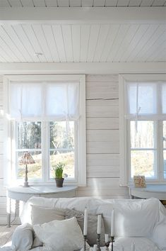 Would like to put little table just inside front door under the window. Cottage Design, Cottage Style, House Design, My Living Room, Living Spaces, Inside Front Doors, Interior Architecture, Interior Design, White Cottage