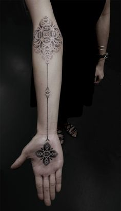 Le pointillisme dans les tatouages de Kenji Alucky - Journal du Design