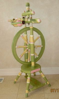 A playfully Painted Spinning Wheel