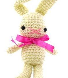 DIY Easter Crochet Project: Amigurumi String Bean Bunny