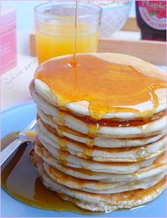 Pancakes without milk, without eggs, without butter (vegan) Vegan Dessert Recipes, Snack Recipes, Vegan Croquettes, Beurre Vegan, Pesco Vegetarian, Best Bacon, Vegan Pancakes, Apple Smoothies, Vegan Kitchen