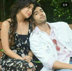Genius Movie, Wedding Lehnga, Indian Wedding Photography Poses, Bollywood Quotes, Man Crush Everyday, Bollywood Stars, Best Couple, Bollywood Actress, Chemistry