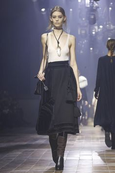 What an absolutely amazing skirt. Lanvin Ready To Wear Fall Winter 2015 Paris