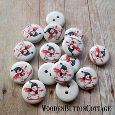 9 Christmas Skiing Snowman 15 mm 2-hole by WoodenButtonCottage