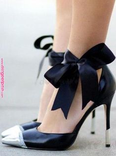 Fab Shoes, Sock Shoes, Cute Shoes, Me Too Shoes, Shoe Boots, Sexy Heels, Stiletto Heels, Pump Sneakers, Walking In High Heels
