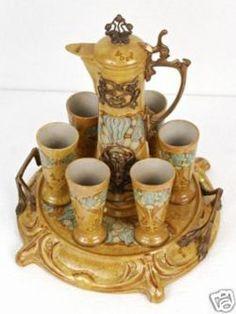 French art nouveau porcelain tea set (jug, tray and cups).